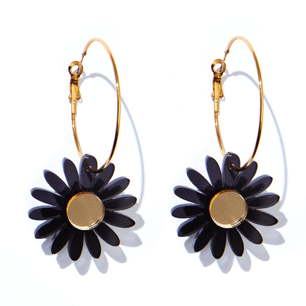 Daisy Earrings: Black
