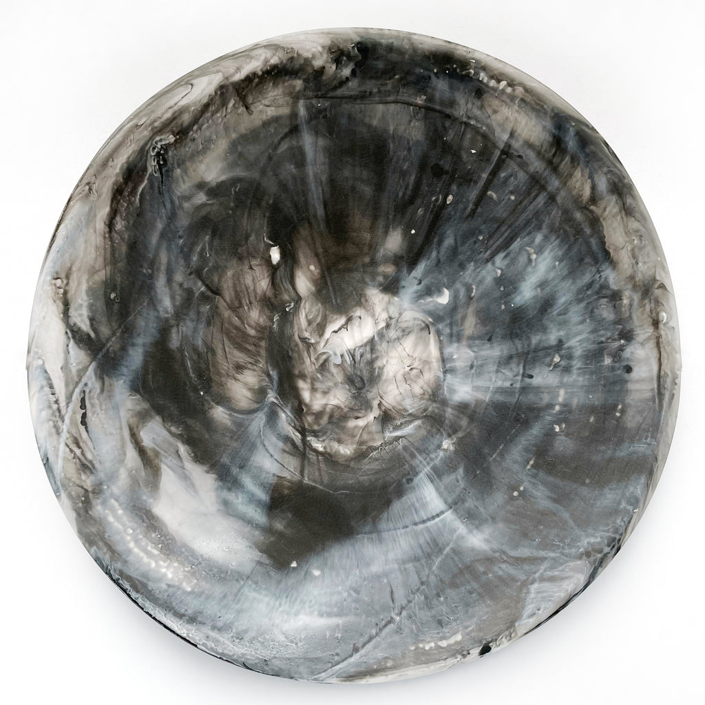 Shallow Resin Platter - Black Swirl