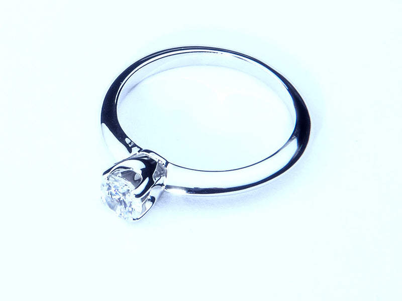 Anillo con Diamante Thorn Platino