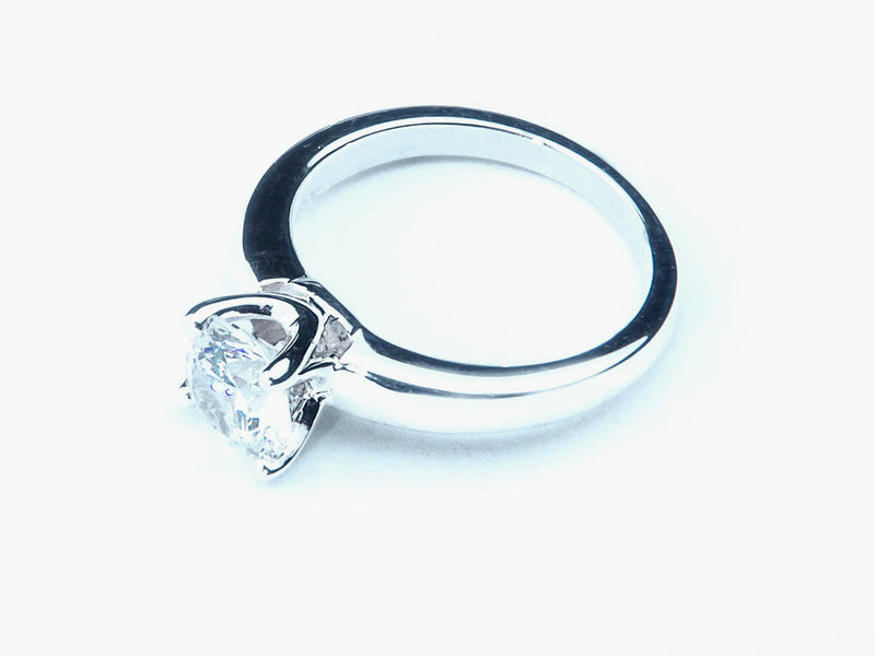 Anillo con Diamante Beauty Platino