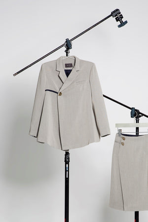 A-line locked blazer