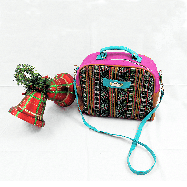 Cross Body Handbag Purse Huipil Multi Color Patter Perfect Travel Handbag - Guatemalan Fashion guatemala dress guatemalan traje women fashion men fashion leathe handbags huipil handbag summer fashion