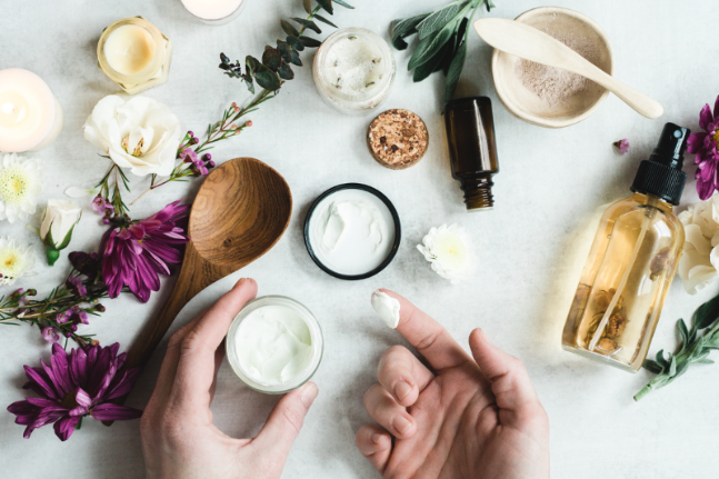 Top 6 Reasons to Use Natural Skin Care Products