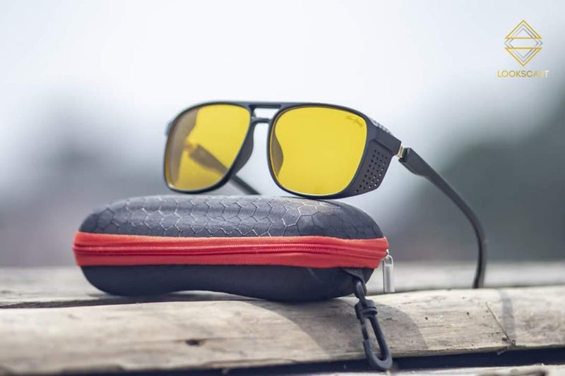 BLACK AND YELLOW SQUARE SUNGLASSES
