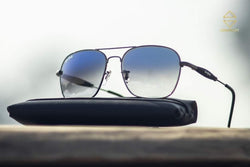 BLACK AND BLUE SQUARE SUNGLASSES