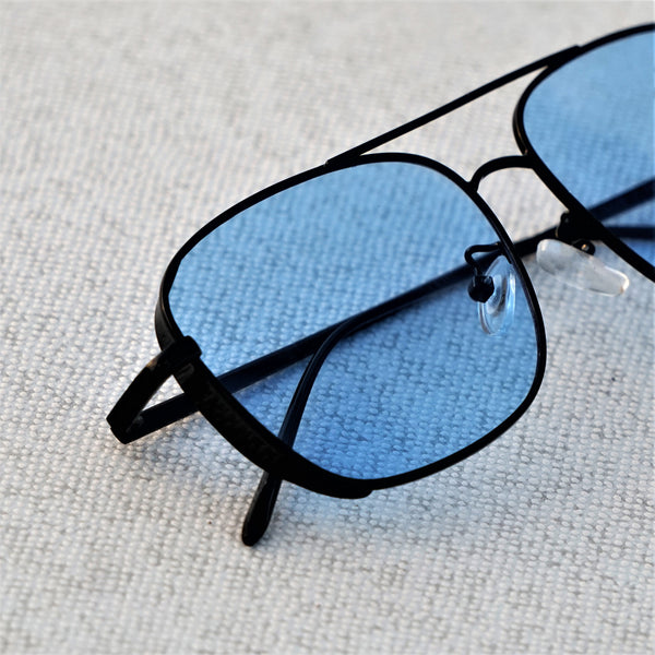 SIDE CAP RECTANGLE BLACK BLUE SUNGLASSES