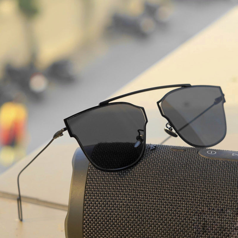 Black Virat Retro Square Sunglasses