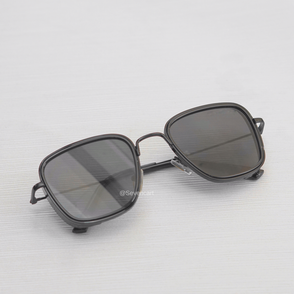 Full Black Retro Square Sunglasses