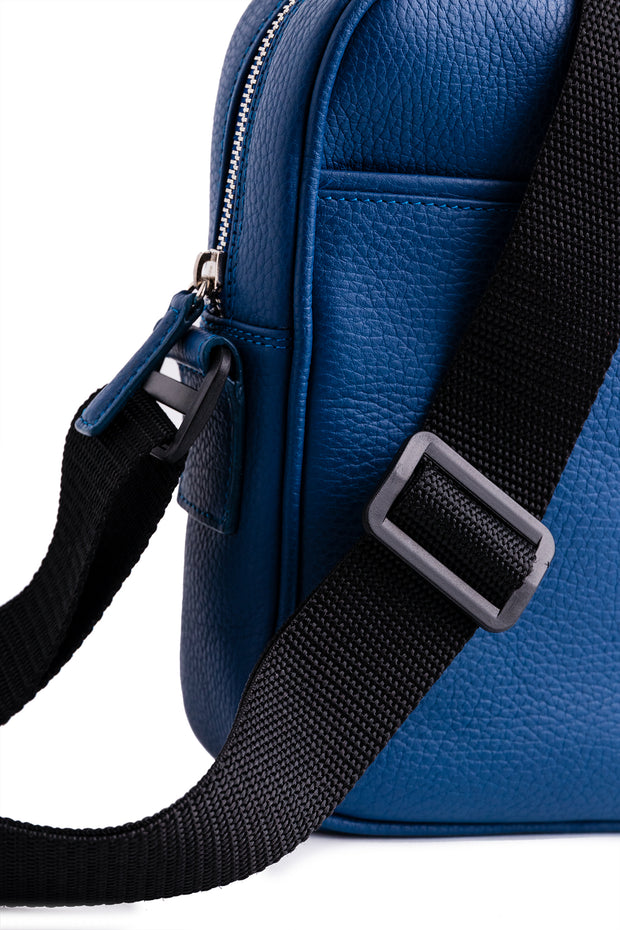 Duke Crossbody