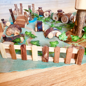 Wooden Fences (set of 4)