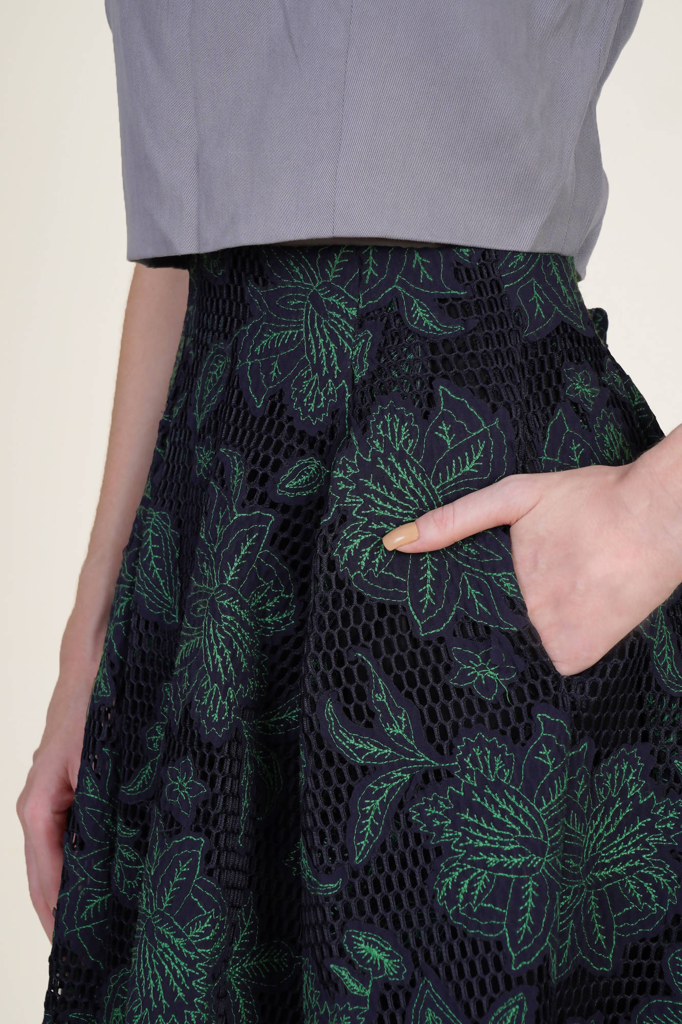 Pleated Short Skirt in Green