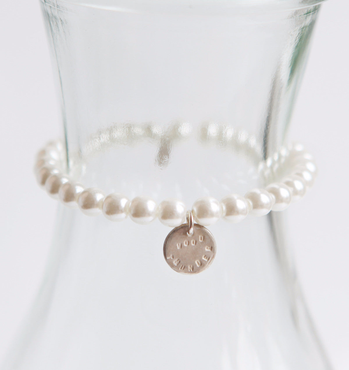 ORNAMENT & CRIME PEARL X I-CHING BRACELET