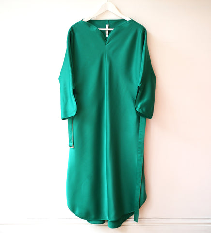 WDR GREEN HEART NECK DRESS W/ BELT