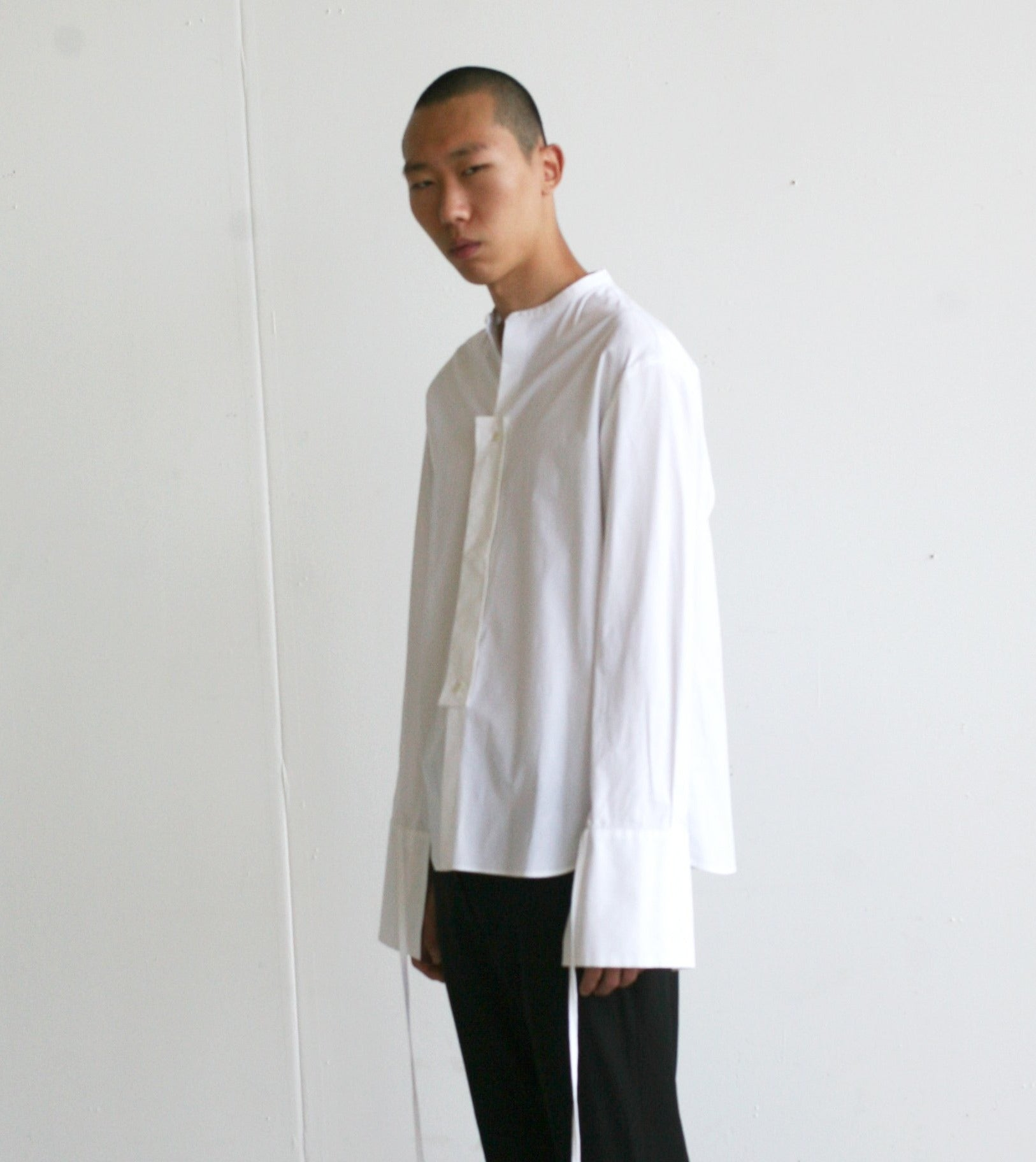 LOOK 4(STRAIGHT SHIRT W/ HALFWAY SLIT TROUSERS)