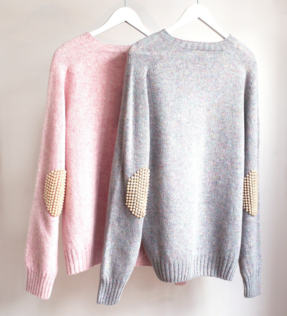 BLESS No.55 GREY PEARLPAD SWEATER