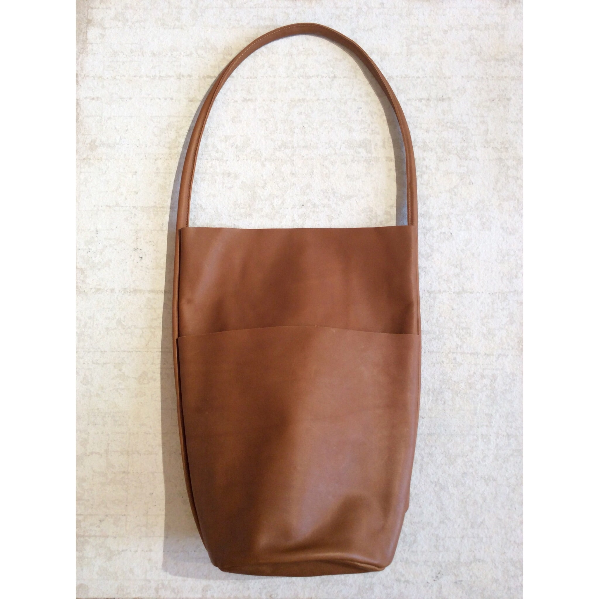 BODY SCULPTURES LEATHER SHOPPERS BAG / BROWN