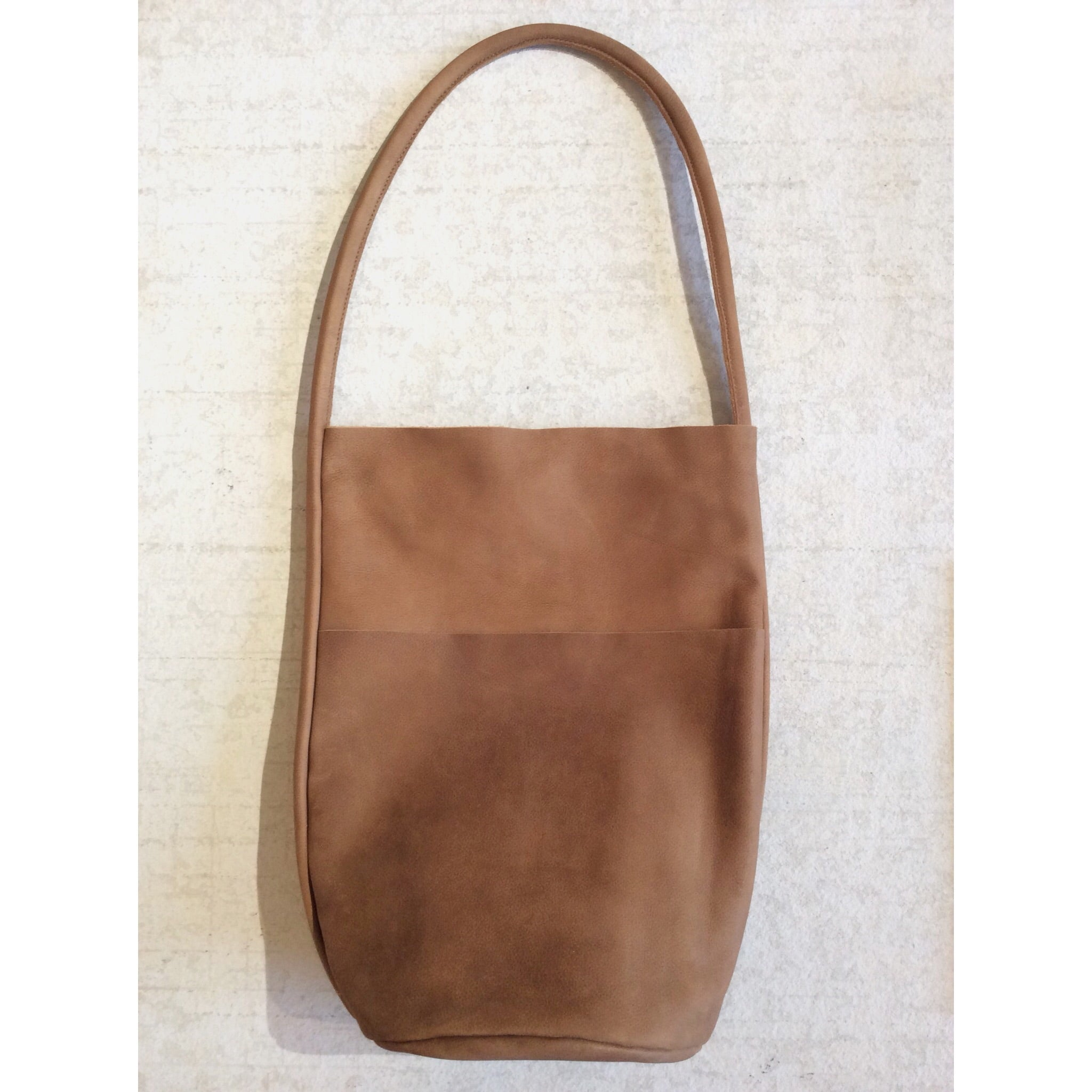 BODY SCULPTURES LEATHER SHOPPER BAG / BROWN SUEDE