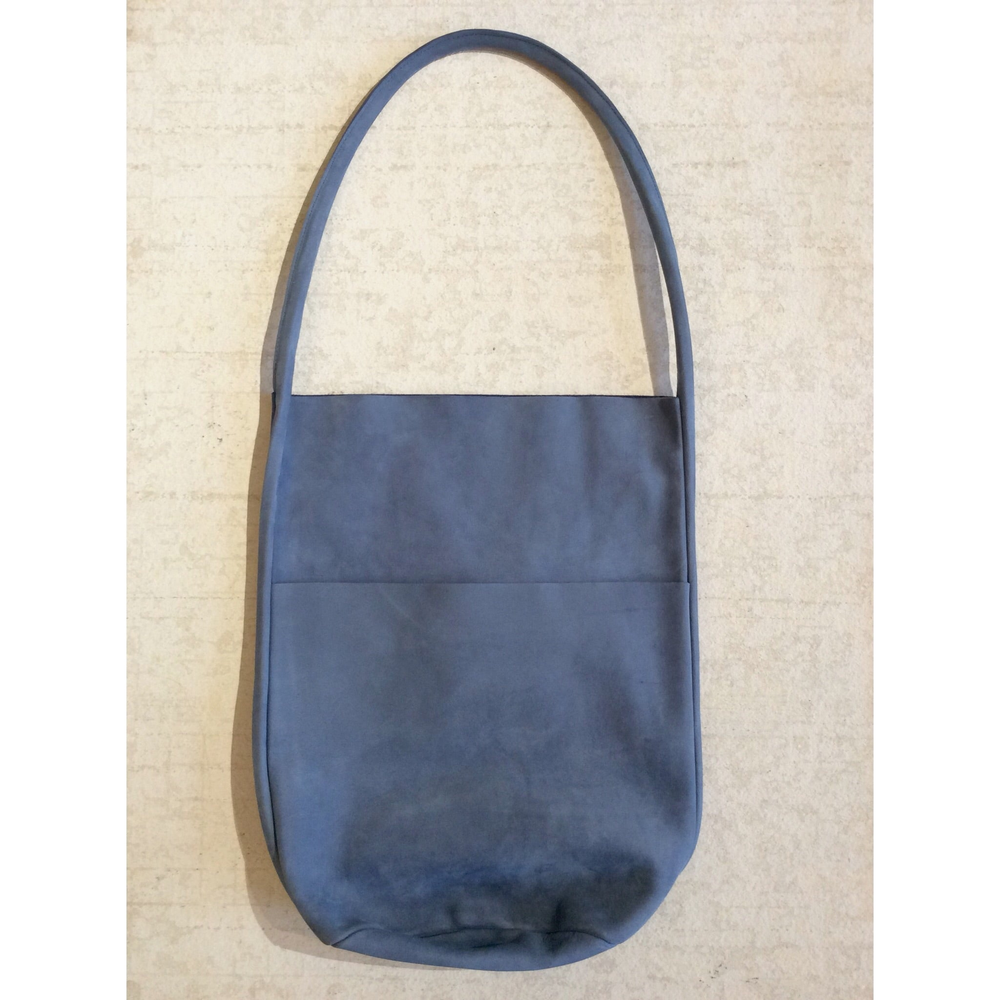 BODY SCULPTURES LEATHER SHOPPER BAG / BLUE SUEDE