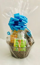 Load image into Gallery viewer, Petit Gift Basket
