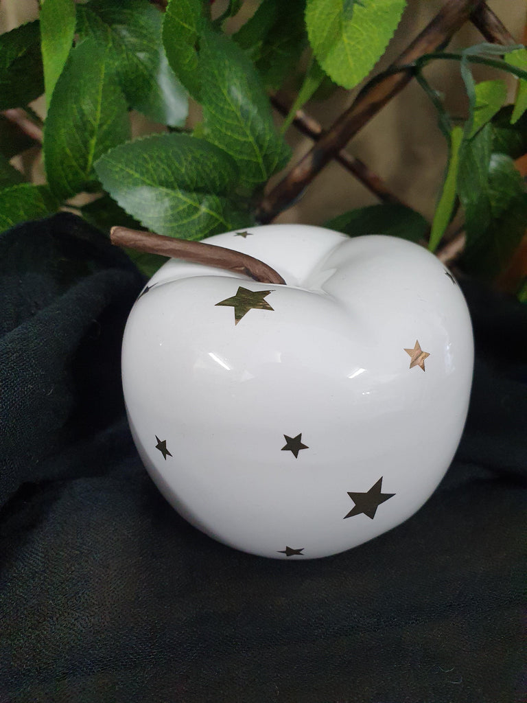 Apple - White with Stars 63mm