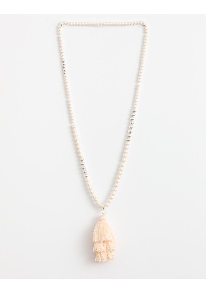 Necklace Chacha Pearl w/cream tassle SGN8648