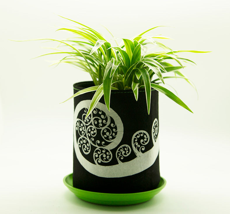 Ecofelt Grow Bag - Fern Frond on Black