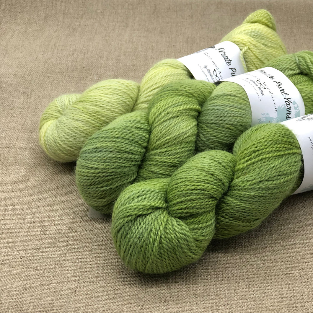 Bundle #002 (3 skeins)