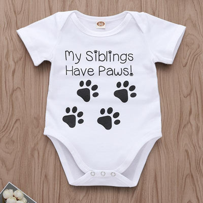 """My siblings have paws"" Letter Printed Baby Romper"