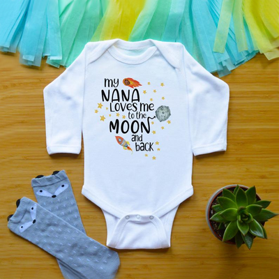 """my NANA Loves me to the MooN and back"" Cartoon Rocket Letters Printed Baby Romper"