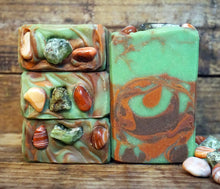 Load image into Gallery viewer, Peridonyx Soap