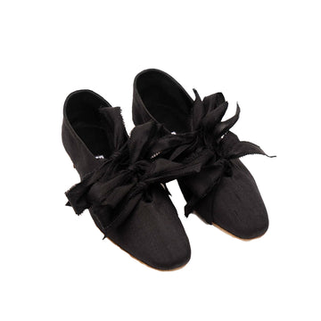 Mille-Feuille Silk Flats In Black