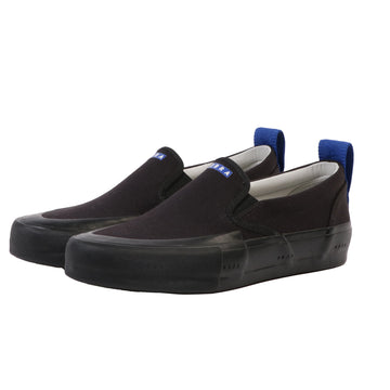 Terra Canvas Slip-On Wrap Toe Black/Black