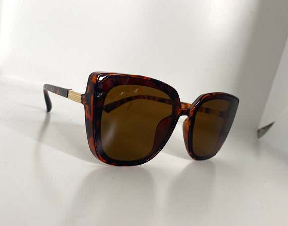 Annie Sunglasses in Tortoise Shell