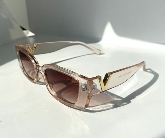 The Victoria Sunglasses in Nude