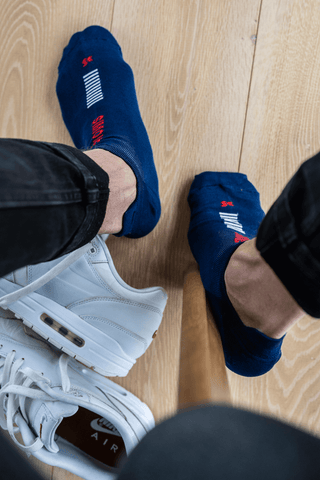 blue ankle socks with white sneakers   dstinctive