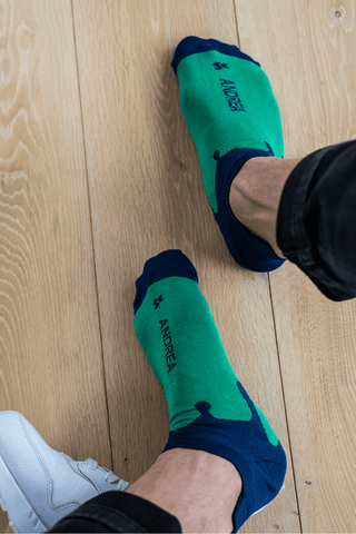 green ankle socks with white sneakers   dstinctive