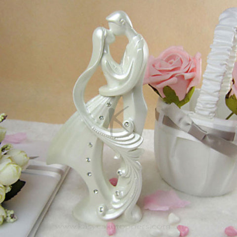 Classic Bride & Groom Cake Topper