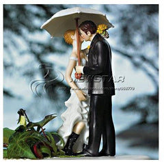 "Free shipping brand new ""Love under the umbrella ""Couple Figurine Funny wedding cake toppers wedding supplies F-0448"