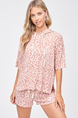 """Femme Feline"" Short Sleeve Leopard Hoodie & Shorts in Blush"
