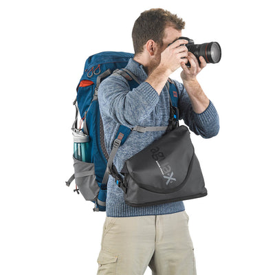 Special structure allows the adventurous photographer to comfortably carry the bag on his chest