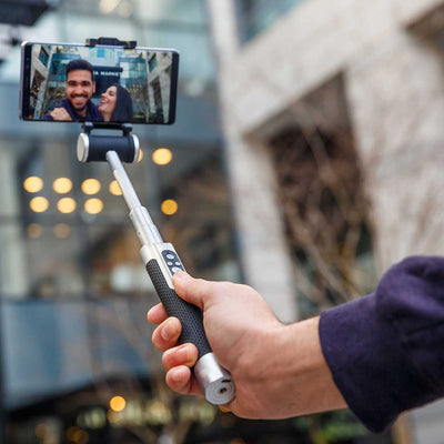 Pictar-Smart-Selfie-Stick-Atmosphere