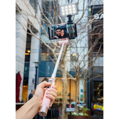 Smart-Selfie-Stick-Pink-with-light