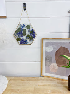 """April Showers"" DIY Float Frame Course (Materials Included)"