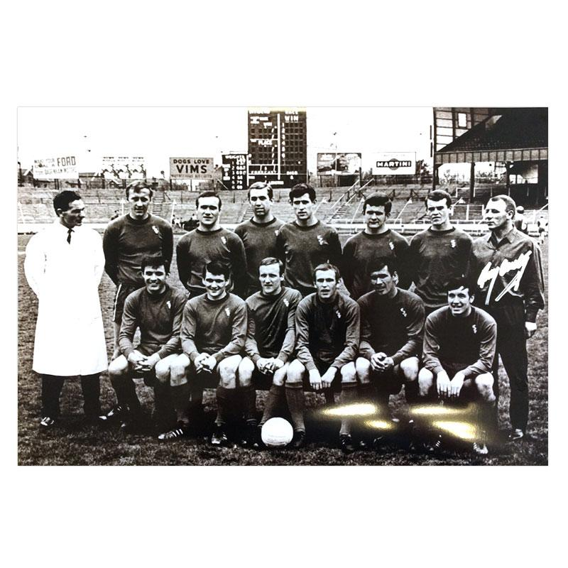 Tommy Docherty Signed Chelsea FC Squad Photo - 19th May 1967