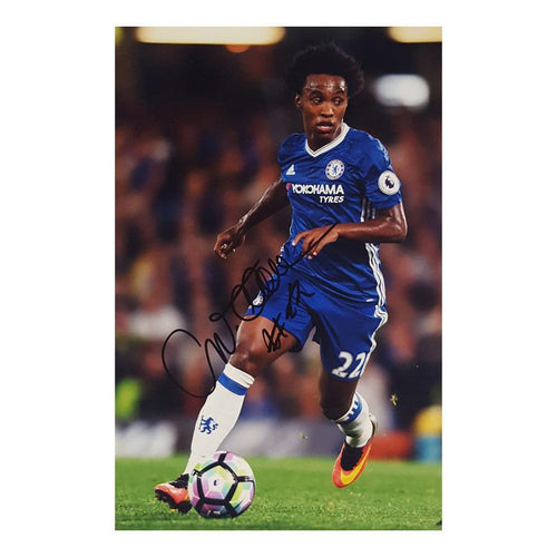 Willian Signed Photo - Small