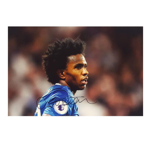 Willian Signed Photo Close up - Small