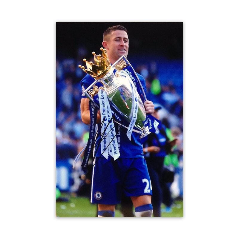 Gary Cahill Signed Photo, celebrating with the premiere league trophy