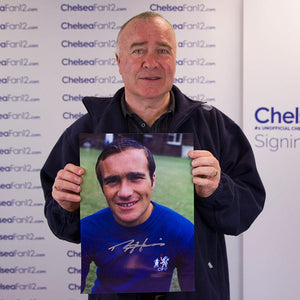 Ron Harris holding a Chelsea FC Photo from 1970, which he signed during a private signing session with ChelseaFan12