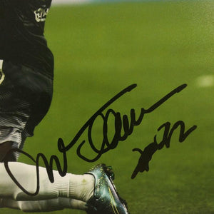Willian Signed Photo - Goal Celebration - Small