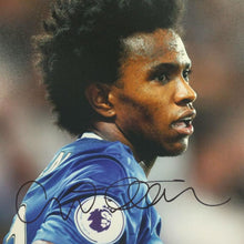 Load image into Gallery viewer, Willian Signed Photo Close up - Small